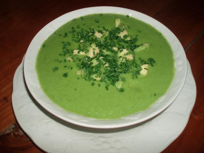 Soupe crémeuse au concombre - P6200490